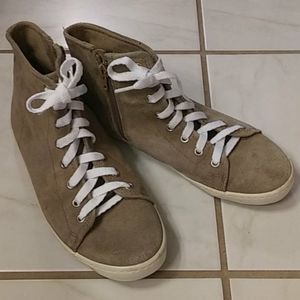 Forever 21 suede high top tennis shoes